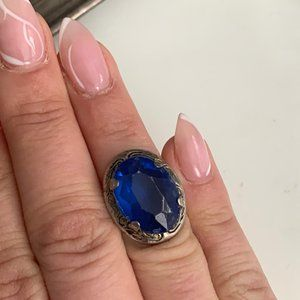 Vintage silver blue bead ring size 4.5